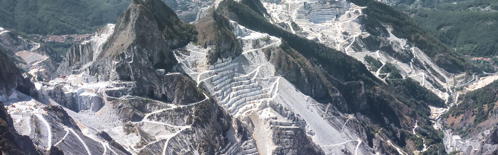 Visita alle cave del marmo di Carrara: un'esperienza irripetibile